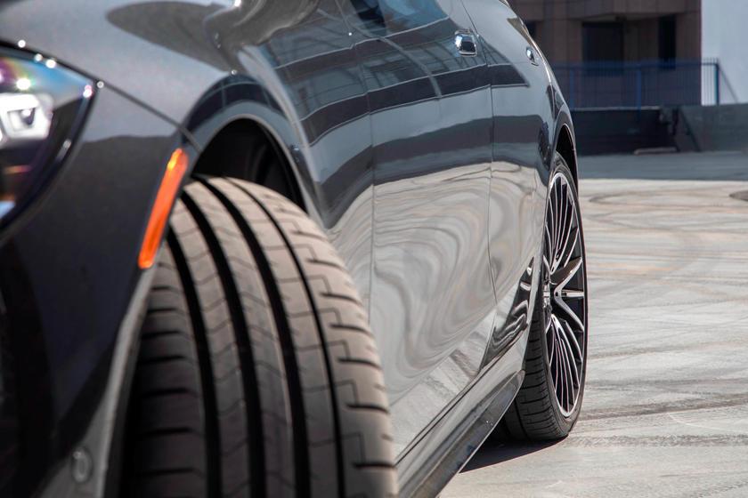2021-mercedes-benz-s-class-sedan-carbuzz-862544.jpg