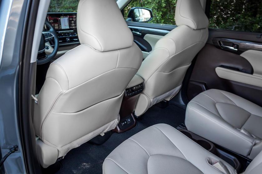 2021 toyota highlander interior photos | carbuzz