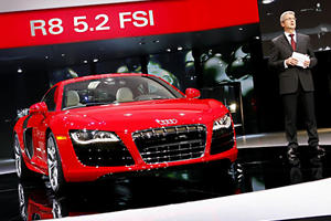 Audi R8 Now Offered with a V10
