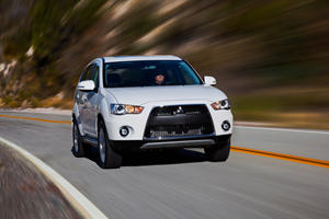 First Look - 2011 Mitsubishi Outlander Sport