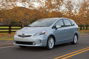 First Look: 2012 Toyota Prius V
