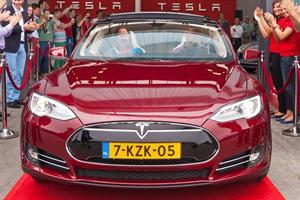 Tesla is Finding Plenty of Lovin' in California