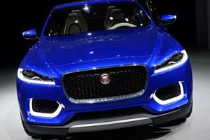 Jaguar C-X17 Concept is Finally Revealed
