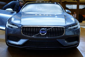 Volvo's Beautiful Concept Coupe is Taking the Motor Show by Storm