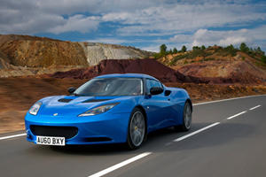 Lotus Hooks up the Evora before the Elan Takes Over in 2017