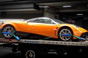Green and Orange Pagani Zonda Cinque Coupes in HK