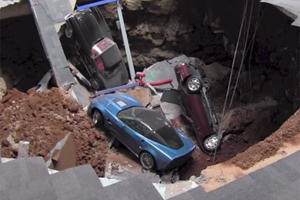 Sinkhole Corvettes Have Become an Attraction
