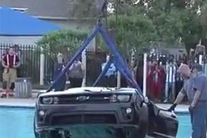 Young Texan Treats Camaro to Community Pool Carwash