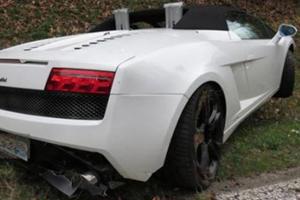 Gallardo Driver's Failed Offroading in Switzerland