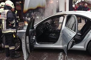 Engine-Fire Destroys 2-Week Old 2014 Mercedes S-Class