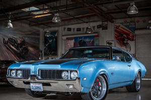 This 1969 Oldsmobile 442 Gets Just 5 MPG