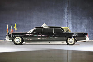 A Holy Auction: Pope Paul VI Lincoln Continental Up For Sale