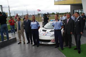 The 'Boys in Blue' from Bucharest get a Lotus Evora S