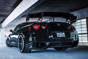 Behold the Black Monster: 1,500-HP Nissan GT-R by Jotech on ADV.1 Wheels