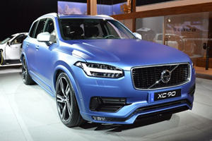 Volvo Comes To Detroit With S60 Inscription, XC90 R-Design and S60 Cross Country