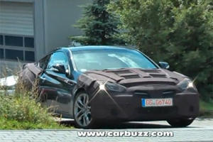Spied: Facelifted Hyundai Genesis