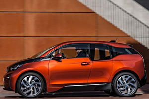 BMW i3 Super Bowl Ad Pokes Fun At The Early Internet