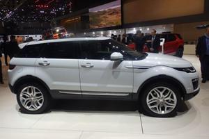 2016 Land Rover Range Rover Evoque Shows Its New Face In Geneva