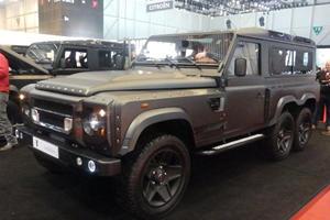Kahn Design's Flying Huntsman 6x6 Is The Ultimate Land Rover Defender
