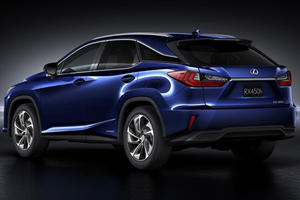 Presenting The 2016 Lexus RX - An NX On Steroids?