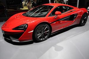 McLaren 540C Looks Stunning In The Metal, Should Porsche Be Worried?