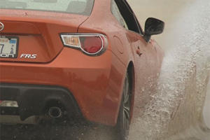 Here's How To Make A Puddle Splash Look Beautiful