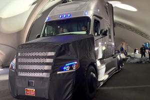 Should Truckers And Drivers Fear Daimler's Autonomous Big Rig?