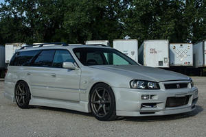 This R34 GT-R Wagon Is The Perfect Car For JDM-Crazed Dads