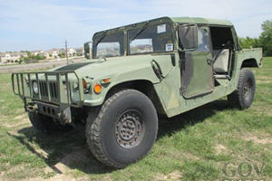 Owning A US Military Surplus Humvee Has Become A Huge Pain In The Ass