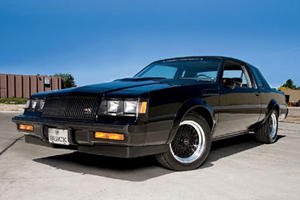 Want To Invest In A Muscle Car? Here Are 5 Awesome Buys
