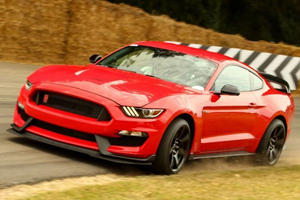 Will This Bonkers Mustang GT350R POV Video Convert Chevy Fanboys?