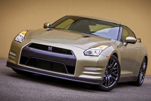 How Much Better Is The Nissan GT-R Than The R34 Skyline?