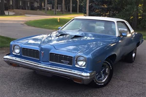 5 Siblings Surprise Their Parents With An Old And Fully Restored Friend