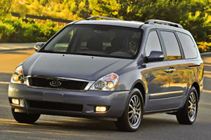 2011 Kia Sedona Gets Facelift and New Engine