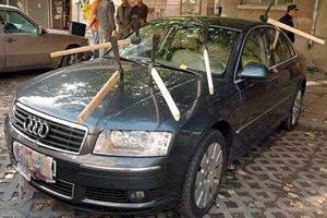 15 Cars That Have Fallen Victim To Whack Job Russian Revenge