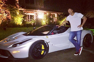 This Extremely Muscular Celebrity Is Having A Hard Time Fitting Into Supercars