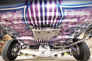 This Guy Turned A Lincoln Town Car Into A Lowrider And It's Totally Insane