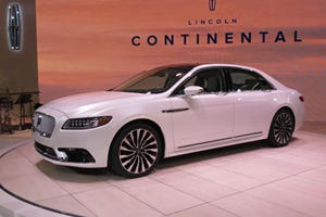 The Lincoln Continental Makes Its Triumphant Return With 400 HP And Loads Of Luxury
