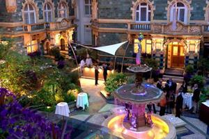 Jaguar's Synergizing Hotel Suite