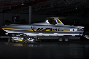 The Latest Mercedes Racing Boats Hits 100 MPH And Looks Lovely