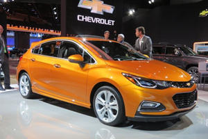 2017 Chevrolet Cruze Hatchback First Look Review: Plenty Of Potential