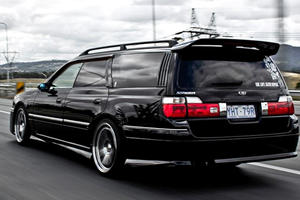 Japanese Cars America Missed Out On: Nissan Stagea Autech 260RS