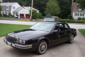 Tech Before Its Time: 30 Years Ago Buick Put The First Touchscreen In A Car