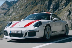 Porsche Explains How To Heel-And-Toe Downshift Using Its Newest 911