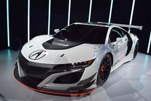 Acura's New NSX Ditches Hybrid Tech And AWD, But Don't Get Excited Just Yet
