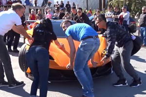 It Takes A Ridiculous Amount Of People To Unload The $1.1 Million Apollo Arrow