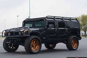 Watch This Custom H1 Hummer Absolutely Dominate A Flooded Houston Street