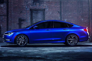 Here's How We Know The Chrysler 200 Is Living On Borrowed Time