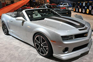Chevrolet Shows Off their Custom Camaros at SEMA