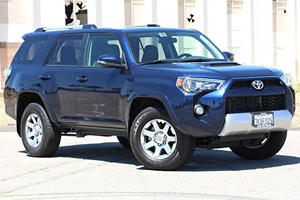 2016 Toyota 4Runner Review: 4 Things We Learned After A Week Of Driving
